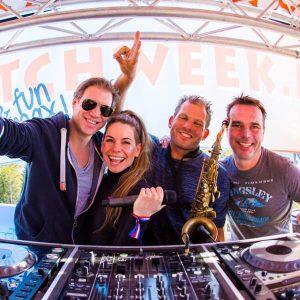 DJ Ro & Friends