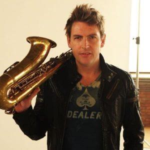 Allround DJ RO en saxofonist Saxsymbol